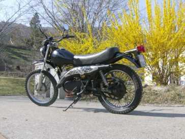 leggere un annuncio proposta di vendita moto 125 cc harley davidson. Black Bedroom Furniture Sets. Home Design Ideas