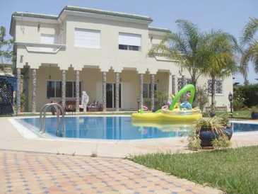 Leggere un annuncio proposta di vendita casa 2 050 mq for Proposta di acquisto casa