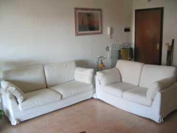 Leggere un annuncio proposta di vendita divano 2 posti poltronesofa - Offerte poltronesofa ...