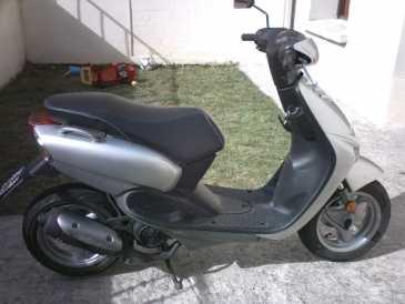 leggere un annuncio proposta di vendita scooter 50 cc. Black Bedroom Furniture Sets. Home Design Ideas